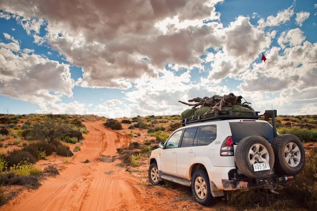 experiences-in-south-australias-national-parks-body27-simpson-desert.jpg