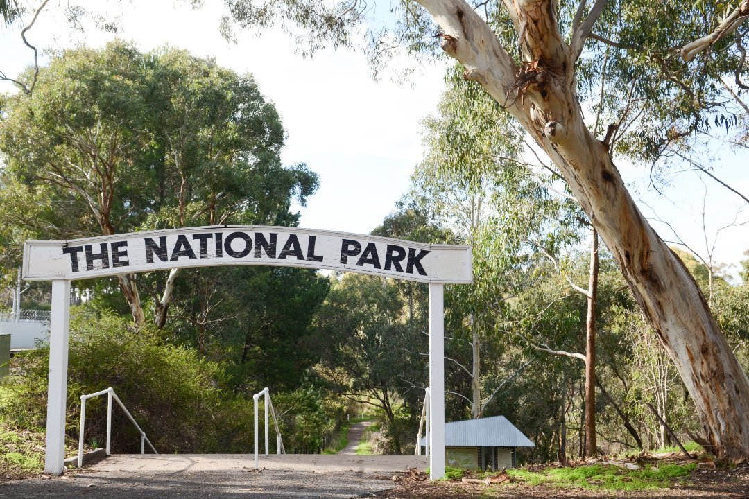 experiences-in-south-australias-national-parks-body5-belair.jpg