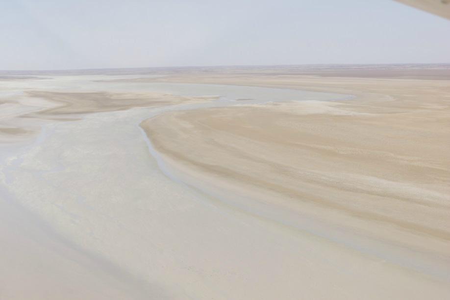 kathi-thanda-lake-eyre-september-body6.jpg